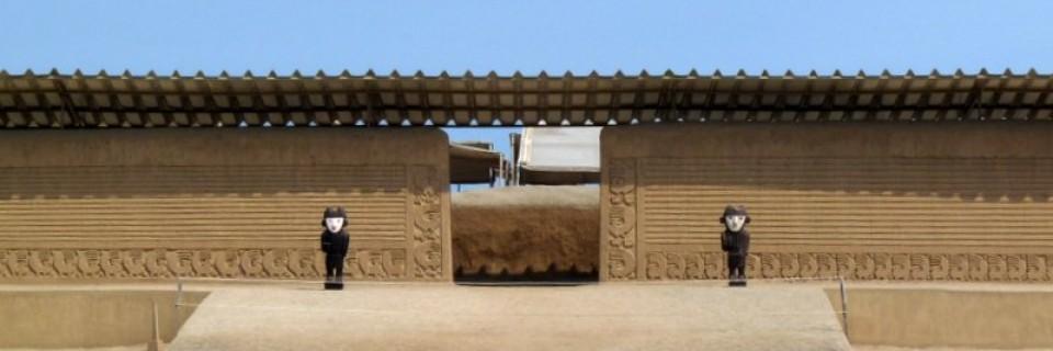 Kaltes Wasser in der heißen Wüste in Trujillo