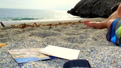"""""""Das Wetter ist super, der Himmel ist blau, ich liege den ganzen Tag am Strand. Liebe Grüße, Matze"""""""