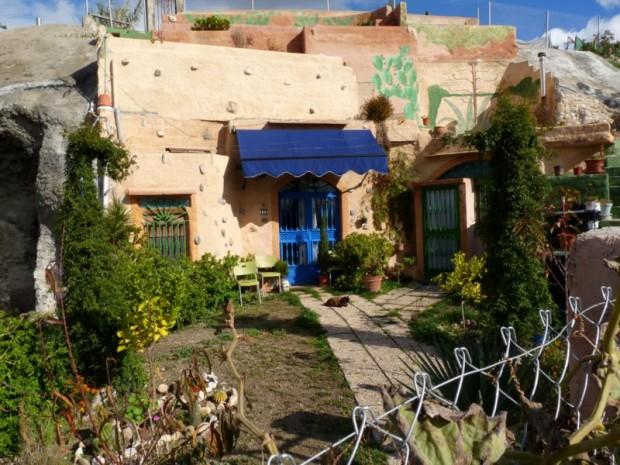 Granada, wo Menschen in Höhlen wohnen