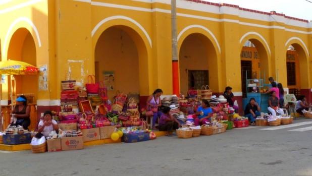 Straßenhändler in Lunahuana