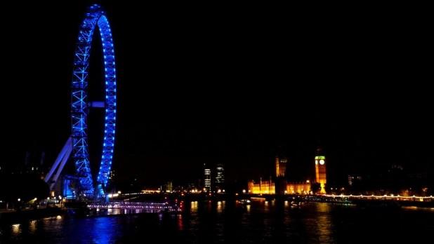 London Eye und Parliament bei Nacht