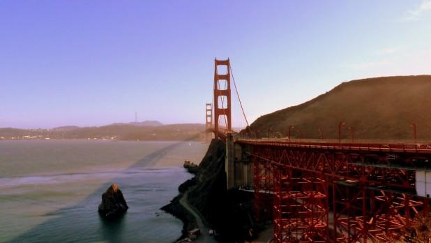 Auf der anderen Seite der Brücke